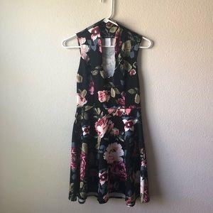 Dresses & Skirts - Floral skater style dress